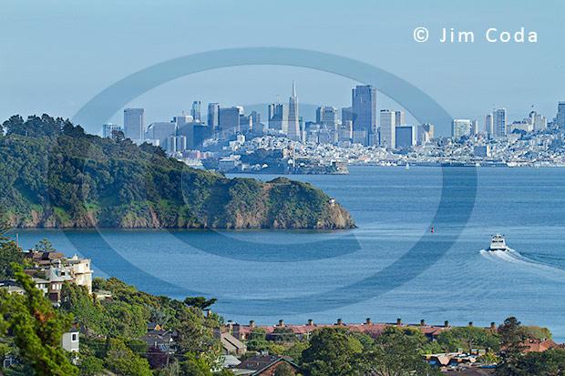 Photo of Angel Island, Alcatraz Island and San Francisco from the City of Tiburon.